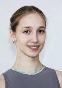 Glikeriia Murashkina Balletttänzerin bei Schwanensee, Giselle, Nussknacker und Dornröschen